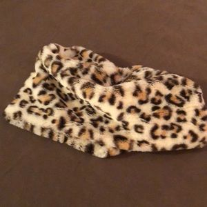 Accessories - Neck warmer or circle scarf in leopard print!!